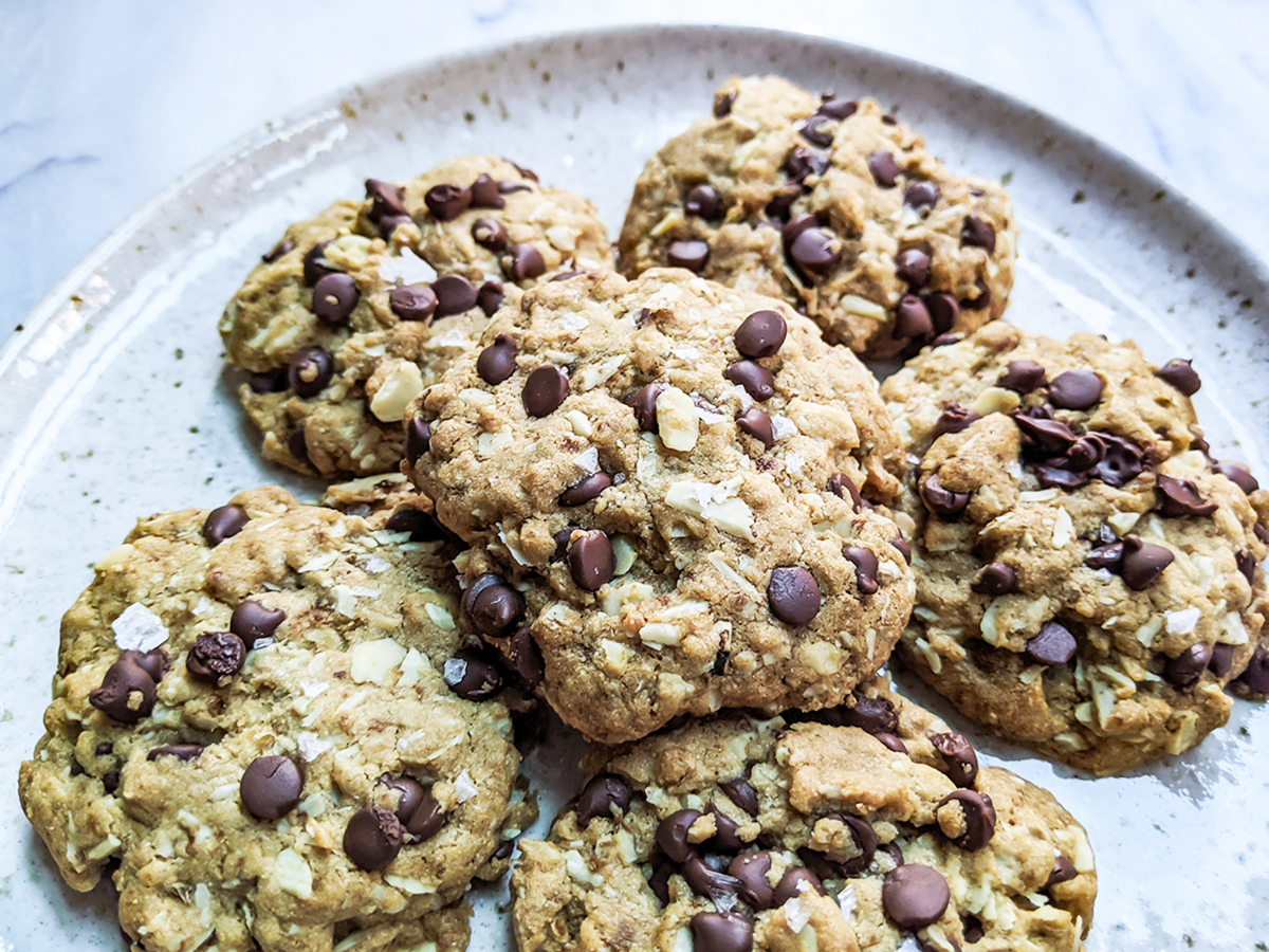 """Paleo """"Oatmeal"""" Chocolate Chip Cookies (Top 8 Free & Coconut-Free)"""